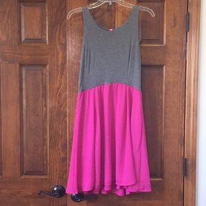 Sleeveless Dress in Gray and Hot Pink